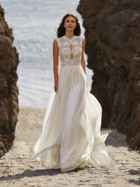 WEDDING DRESSES Pronovias Bette 2021