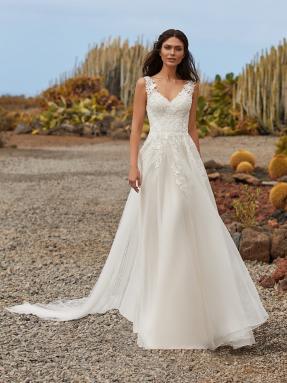 WEDDING DRESS 2021 Pronovias Blythe