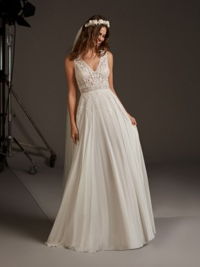 WEDDING DRESS 2020 Pronovias Comet