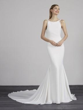 WEDDING DRESS 2019 Pronovias Medina