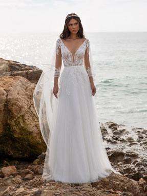WEDDING DRESSES Pronovias Miller 2021