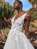 Svatební šaty Pronovias Arenal 2022