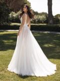 Svatební šaty Pronovias Asia 2020