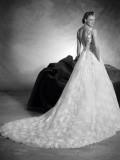 Svatební šaty Atelier Pronovias Naiara 2018