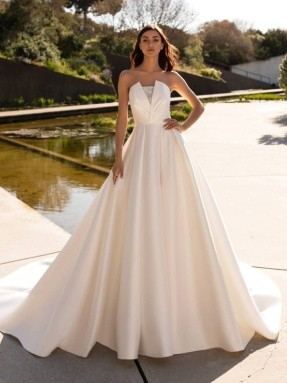 WEDDING DRESS 2020 Pronovias Phoebe