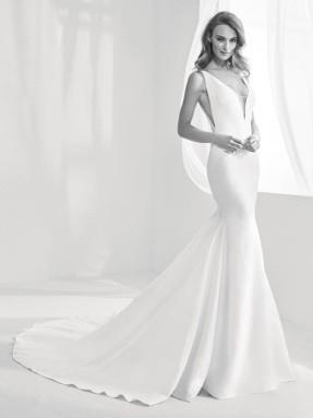 WEDDING DRESS 2020 Atelier Pronovias Racimo