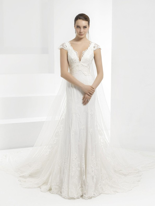 Svatební šaty Pepe Botella 593 2016