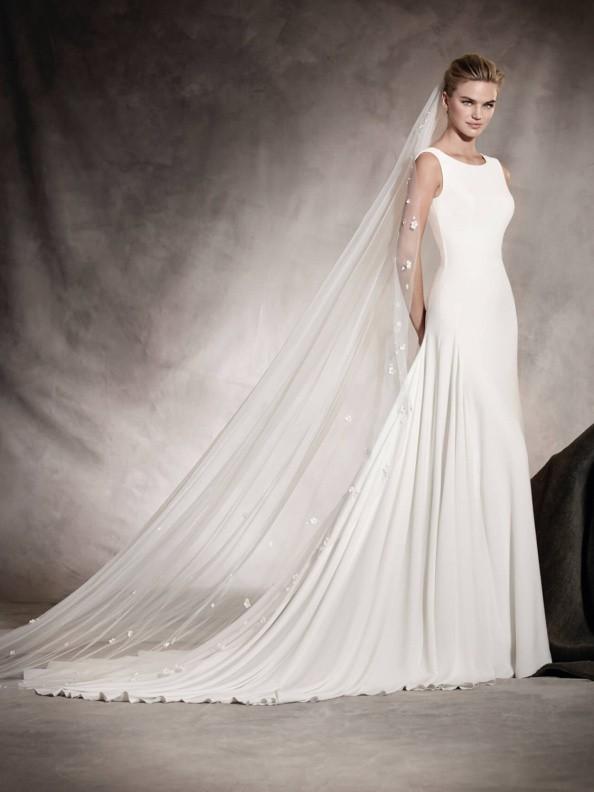 Svatební šaty Pronovias Amaya 2017