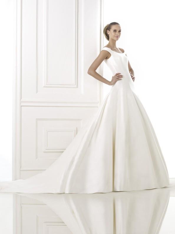 Svatební šaty Pronovias Balder 2015