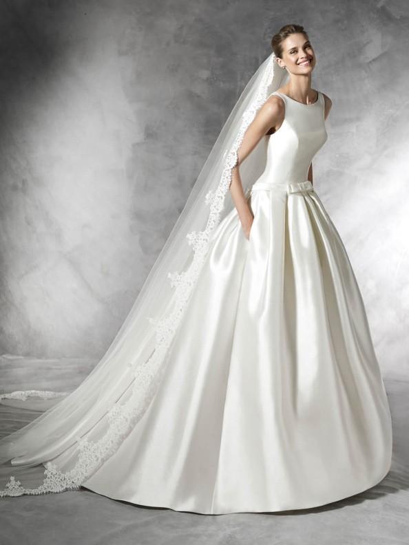 Svatební šaty Pronovias Barcaza 2017
