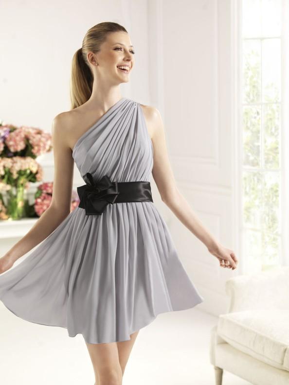 Společenské šaty Pronovias Calesa 2015