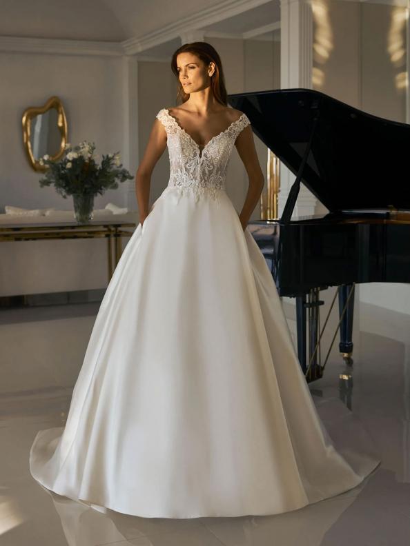 Společenské šaty Pronovias Charleston 2015