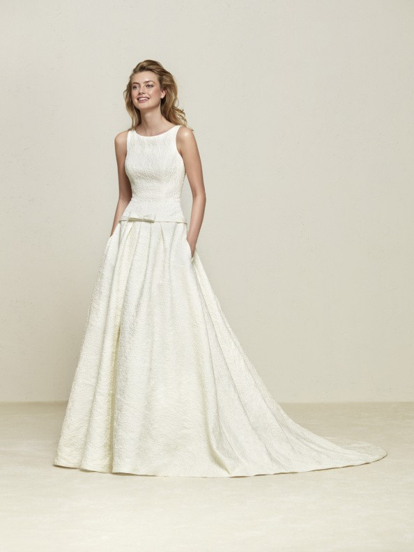 Svatební šaty Pronovias Drovela 2018