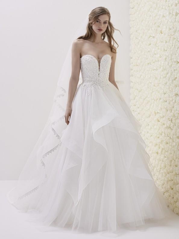 WEDDING DRESSES Pronovias Eliseo 2019