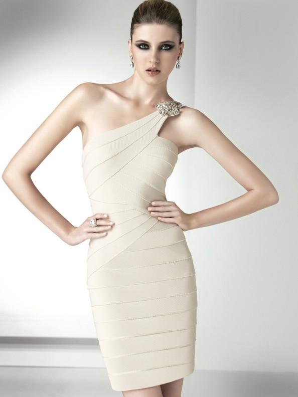 Společenské šaty Pronovias Hosanna 2013