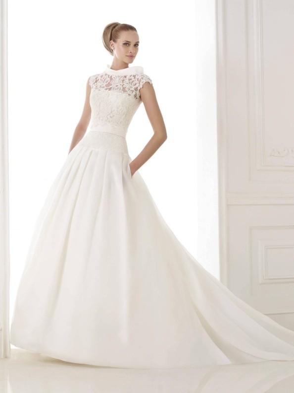 Svatební šaty Pronovias Kaethe 2015