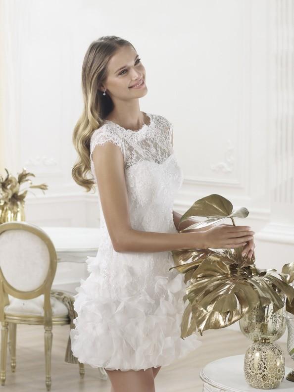 Svatební šaty Pronovias Lagatte 2015