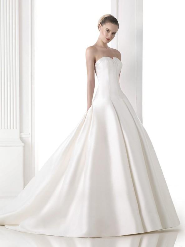 Svatební šaty Pronovias Maeve 2015