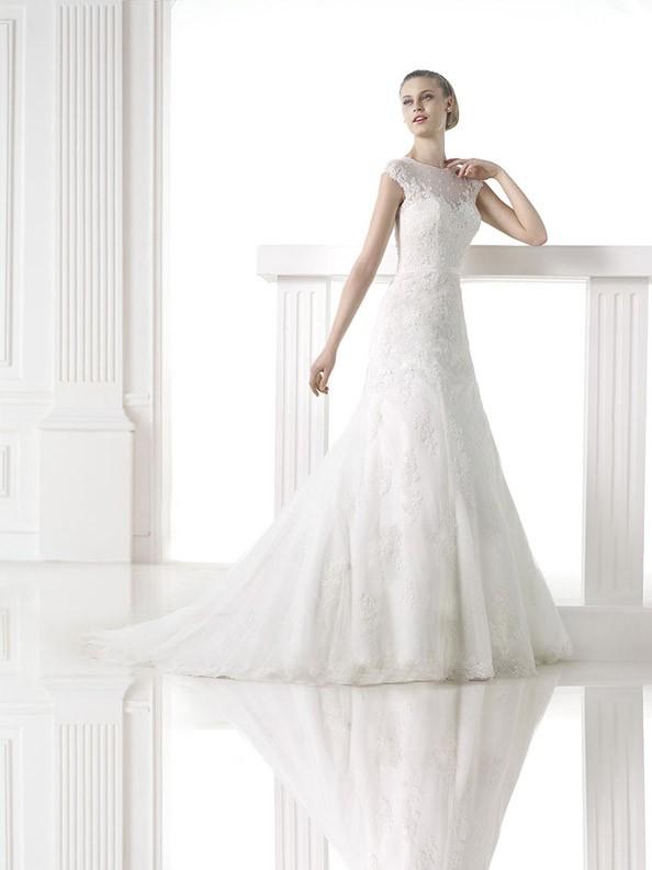Svatební šaty Pronovias Meredith 2015