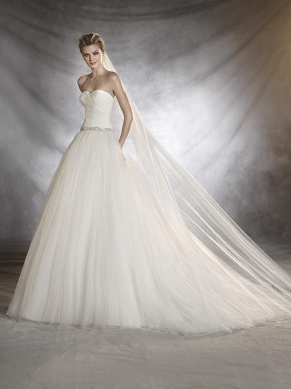 Svatební šaty Pronovias Ovalia 2017
