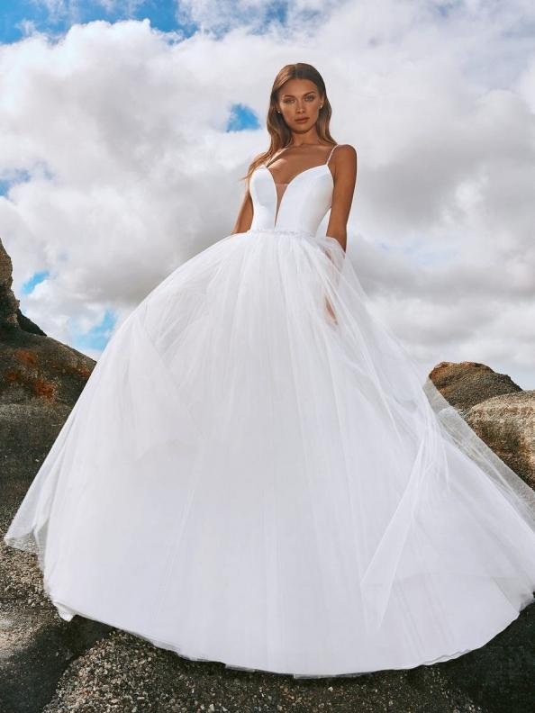 Svatební šaty Pronovias Valensole 2022